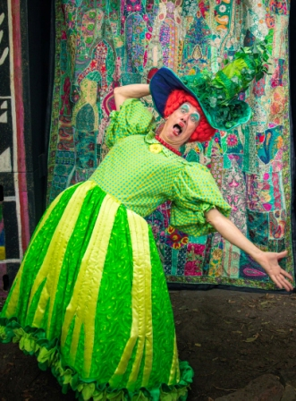 Jack and the Beanstalk - The Online Panto (Peter Duncan as Dame Trott)
